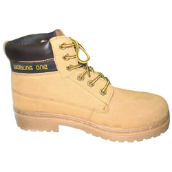 Size 8 Suede Leather Boot Tan